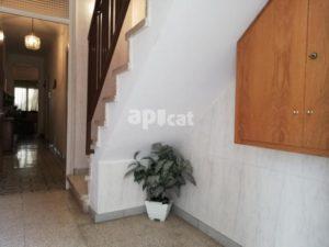 Edifici amb 3 pisos de 311 m²